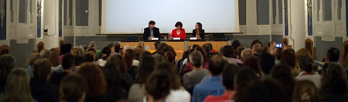 Proyección La Otra Educación en Gijón